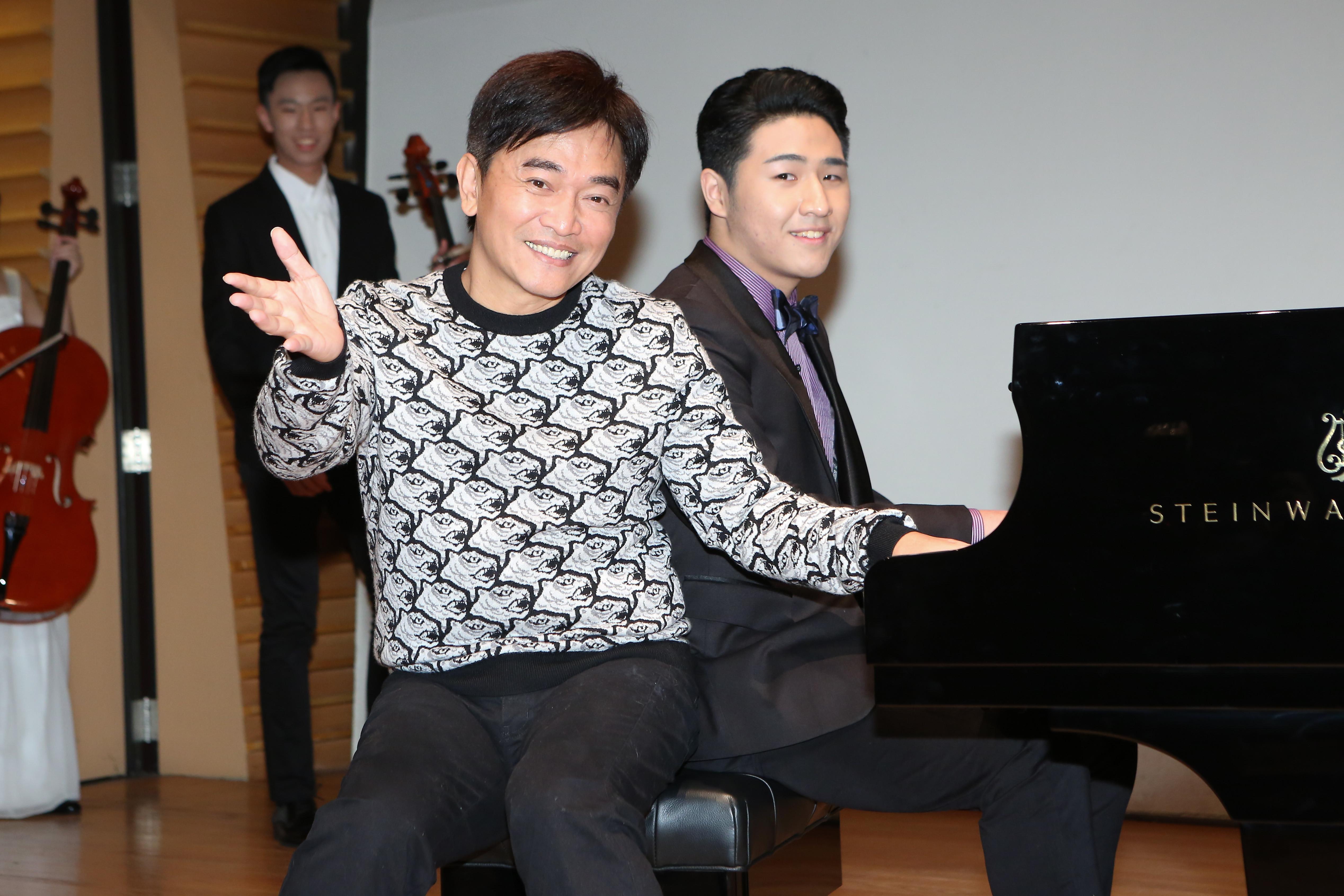 吴宗宪和儿子吴睿轩。(图/资料照/记者李钟泉摄)