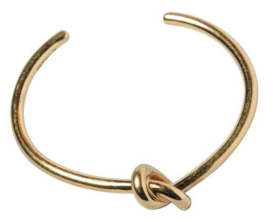 CÉLINE金色手環,約NT$10,000。