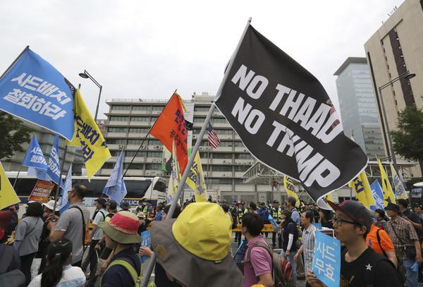 ▲▼南韓居民不斷抗議薩德部署,認為電磁波會危害人體健康。(圖/達志影像/美聯社)