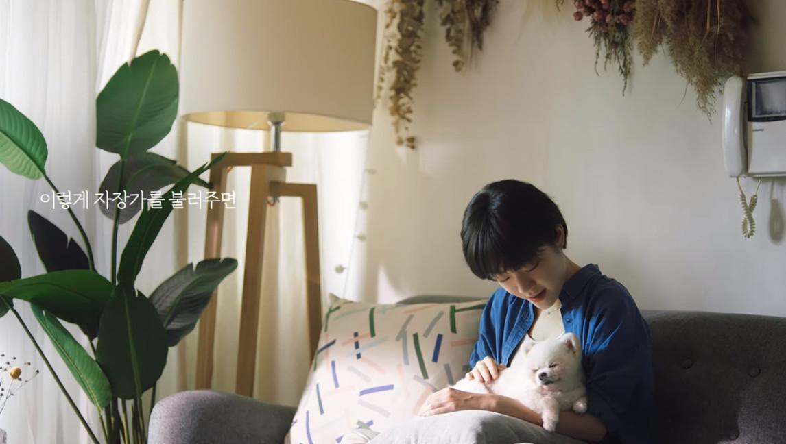 ▲▼韓國廣告感動許多網友。(圖/翻攝自YouTube,LU Uplus)