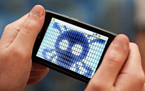 ▲駭客簡單的幾個動作配合惡意軟體的效果,即可輕鬆竊取你的個人資訊。(圖/翻攝自Computer Business Review)