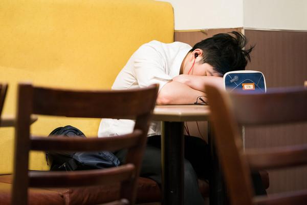 ▲▼休息,睡覺,睡眠。(圖/記者季相儒攝)