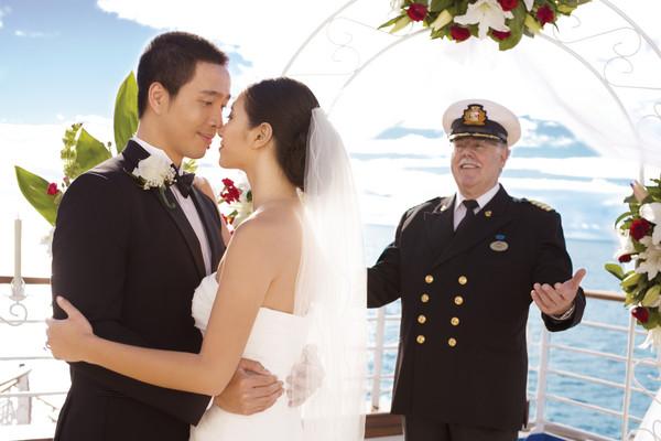 ▲公主郵輪海上聯合婚禮。(圖/公主郵輪提供)