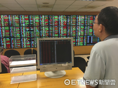股王大立光跌逾5% 台股今下跌121點收10,743點
