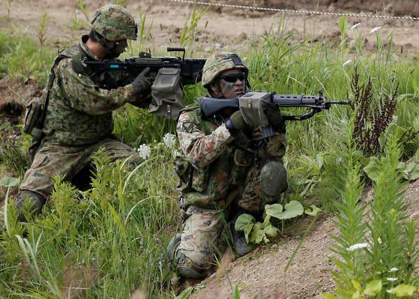 ▲▼美日「北方毒蛇2017」(Northern Viper 2017)軍事演習。(圖/路透社)