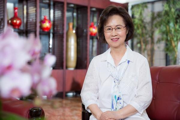 瓊瑤出書談病人的自主權。