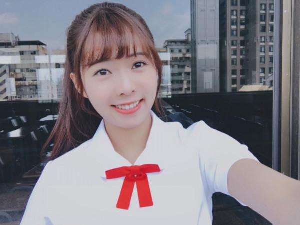 ▲▼「校花陶敏敏」超正3姊妹曝光。(圖/翻攝自簡廷芮IG)