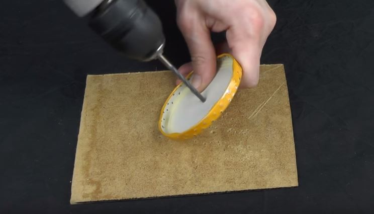 DIY棉花糖機(圖/翻攝自YouTube@VitaliUS EN)