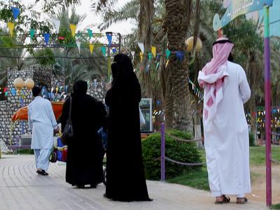 老婆走在前頭 沙國男子盛怒休妻