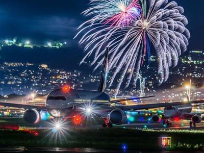 為何櫻花妹必去「花火大會」?一張照片美到讓你直衝買機票
