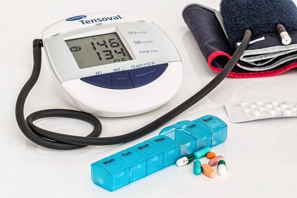▲▼高血壓藥忘記吃要怎麼補?圖為高血壓相關示意圖。(圖/翻攝自Pixabay)