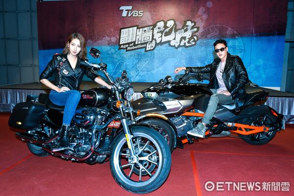 ▲▼何潤東、楊晴出席TVBS《翻牆的記憶》開鏡記者會。(圖/記者張一中攝)