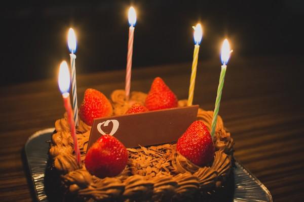 ▲▼生日蛋糕、聚會、慶生派對、。(圖/免費圖庫pakutaso)