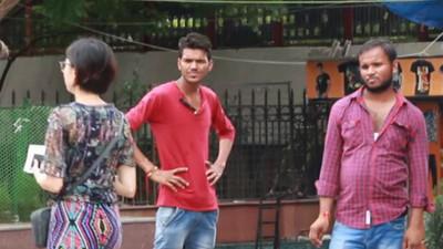 女獨走印度街頭「被目光生吞活剝」 眾男盯著順手喬褲檔