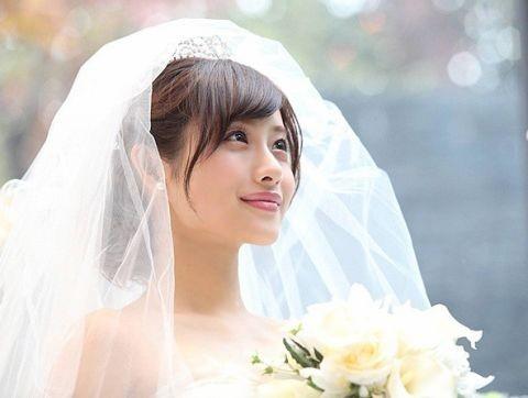 ▲石原聰美婚紗照。(圖/翻攝自日網、推特)