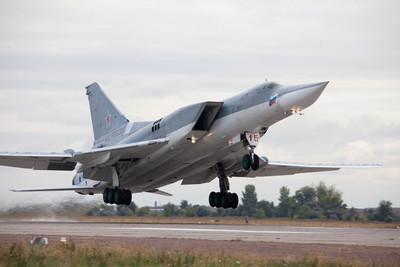 俄Tu-22M3M完成首飛 載彈量24噸