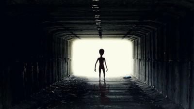專家曝:外星人想透過FRB接觸地球