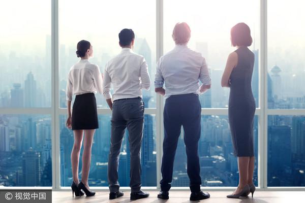 ▲▼上班族,辦公室,創業,年輕人,思考,小資族,商務人士,面試,職場。(圖/視覺中國CFP)