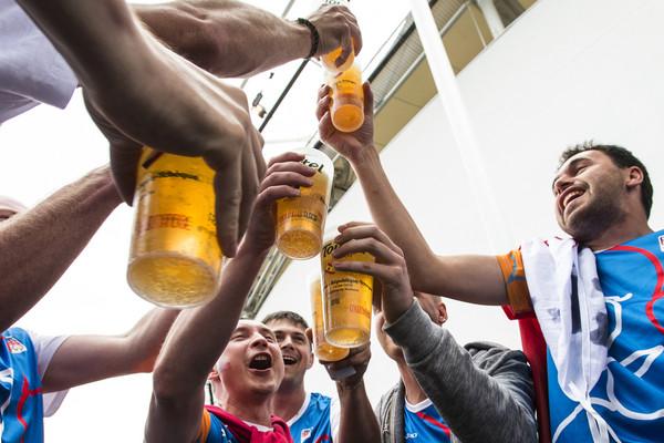 ▲▼酒,啤酒,喝酒,慶祝,舉杯。(圖/美聯社)