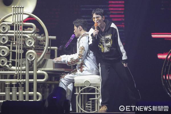 ▲▼周杰倫台北小巨蛋演唱會第一場-周杰倫、蕭敬騰。(圖/記者黃克翔攝)