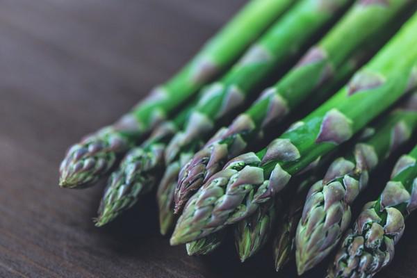 ▲肌肉,蔬菜,菠菜,蘆筍,花椰菜。(圖/翻攝PEXELS)