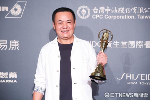 第52屆金鐘奬-迷你劇集/電視電影 男配角獎-蔡振南/媽媽不見了。
