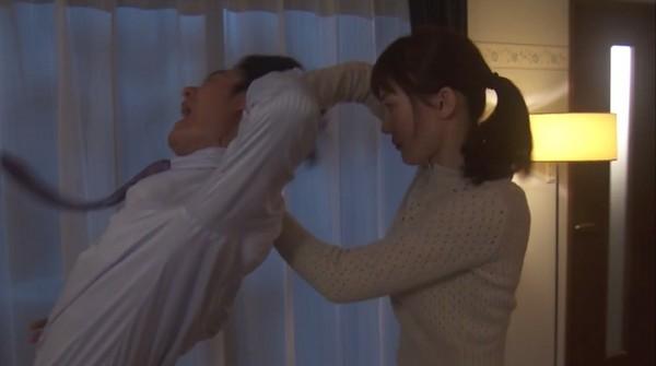 ▲綾瀨遙《嬌妻出沒注意》首集講中文。(圖/翻攝自《NTV》直播)