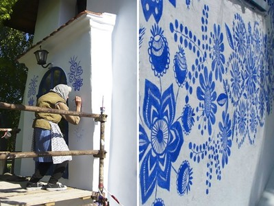 誰說90歲是老!捷克奶奶每天用花畫滿外牆,藝術感動所有人