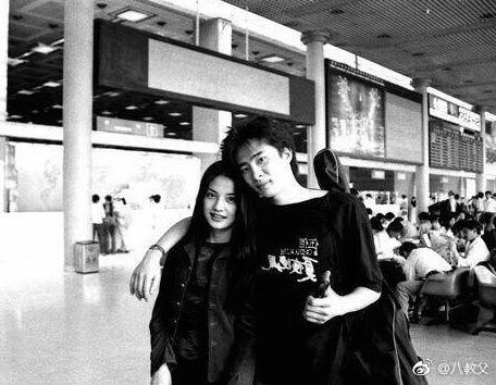 ▲趙薇21年前舊照被指像Angelababy惹怒粉絲。(圖/翻攝趙薇、Angelababy、「八教父」微博)