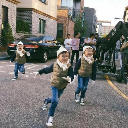 《超人》三胞胎回韩国了! 大韩民国万岁将出席