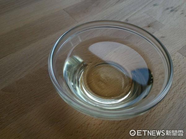 油,橄欖油。(圖/記者李佳蓉攝)