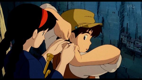 ▲粉絲研究宮崎駿動畫,認為大師不會出錯,「人類應該配合做這個動作。」(圖/翻攝自日網、推特)