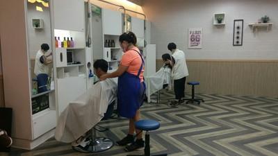 70歲以上免費剪髮!73家店都能用