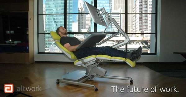 ▲能躺著的辦公桌(圖/翻攝自altwork fb)