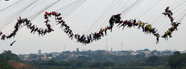 ▲▼巴西高空彈跳可望破世界紀錄。(圖/路透)