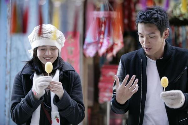 ▲《那些年,我們一起追的女孩》陳妍希、柯震東在平溪取景。(圖/群星瑞智提供)