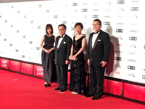 橋本環奈出席「東京國際電影節」開幕式。(圖/翻攝自橋本環奈推特)