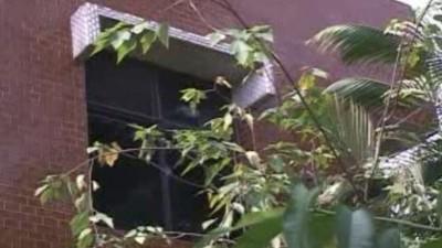 遺照砰一聲砸地上!母親死後困家中2個月 揭新竹大宅悲慘序幕