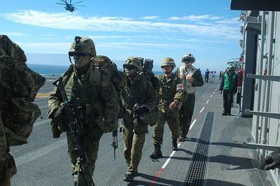 日航空自衛隊出包 「公路上掉飛彈」