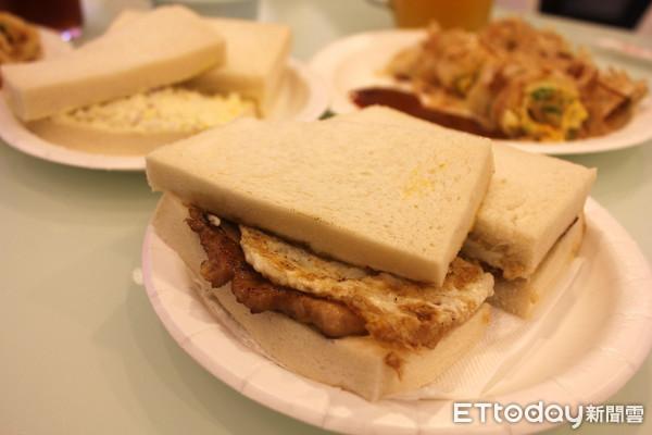 早餐,吐司,三三早餐店 。(圖/記者李佳蓉攝)