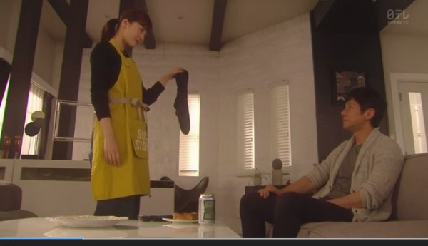 ▲綾瀨遙《嬌妻出沒注意》第五集武打戲帥炸。(圖/翻攝自NTV直播)