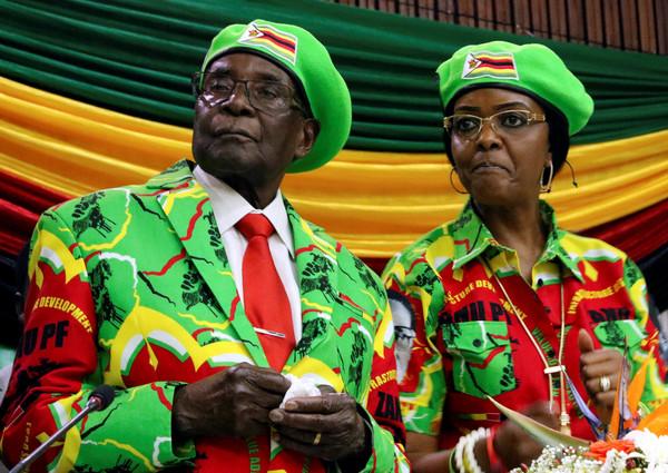 ▲▼辛巴威總統穆加比(Robert Mugabe)和其妻子。(圖/路透社)
