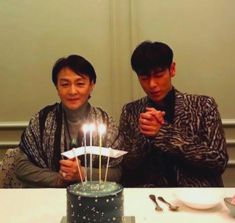 ▲▼ T.O.P消瘦慶30歲生日身影曝光! 媽媽陪在身旁吃蛋糕(圖/翻攝自IG、CFP)