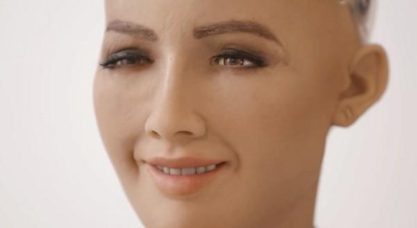 ▲▼機器人蘇菲亞。(圖/翻攝自YouTube/Hanson Robotics)