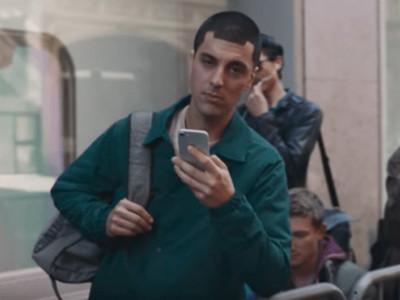 要戰了!三星推新廣告,把iPhone「祖宗八代」鞭得好慘啊
