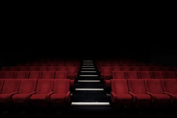 賭兇手會來看電影!戲院設下陷阱,導演埋伏親自抓黃道帶殺人魔(圖/CCO)