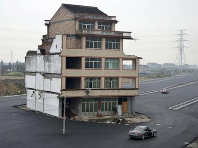 死也不搬!10位釘子戶拒絕賣房,都更後整個悲劇了…