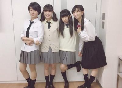 4學生妹誰最適合當女友?「左二vs右二」肥宅吵翻