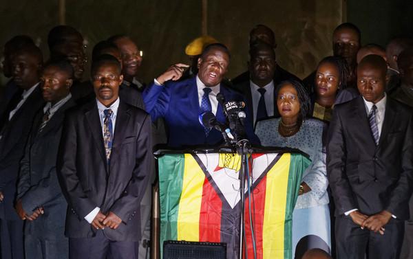▲▼ 新總統24日上任,辛巴威走入「後穆加比時代」。(圖/達志影像/美聯社)