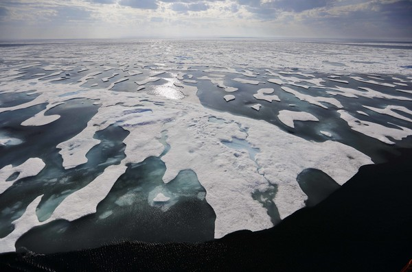▲▼北極海、冰山             。(圖/達志影像/美聯社)
